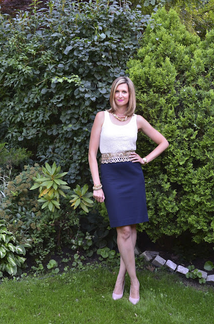 Lace + Pencil Skirt + Python Belt = Fun