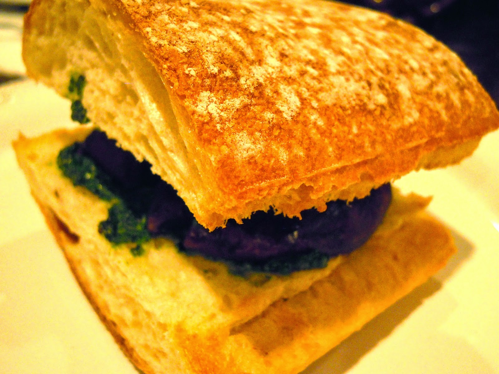 portobello-brie-sandwiches-with-kale-pesto
