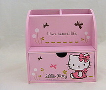 Hello Kitty desk stationary pencil holder