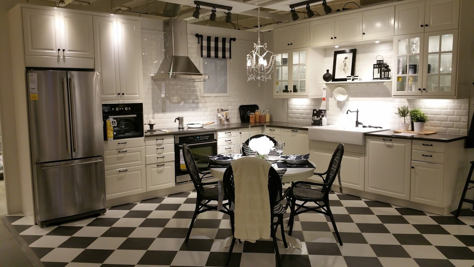 Ikea kitchens bodbyn white and laxarby black brown - Sektion Launch