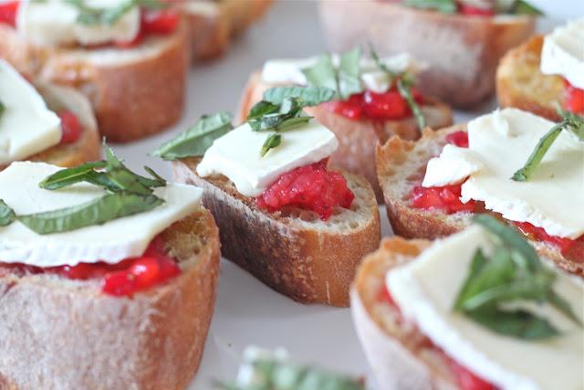 Easy Appetizer   Strawberry Brie Bruschetta