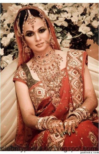 Beautiful+BANGLADESHI+BRIDE+WITH+GORGEOUS+MAKE UP+Photos+Collection011
