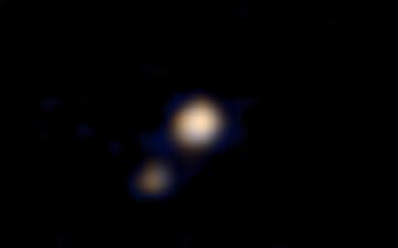 NASA apresenta a primeira imagem colorida de Plutão