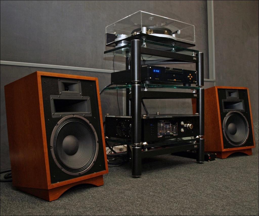 Колонки Boston Acoustics A23 Gloss Black