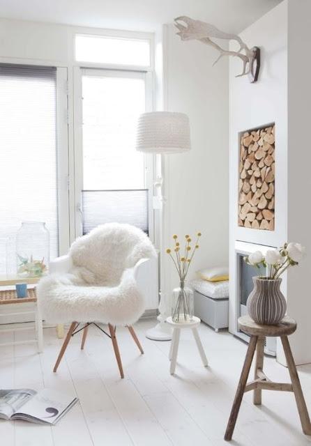chaise tapis mouton rondin de bois