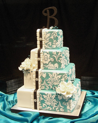 Sonal J. Shah Event Consultants, LLC: Decor Trend: Damask