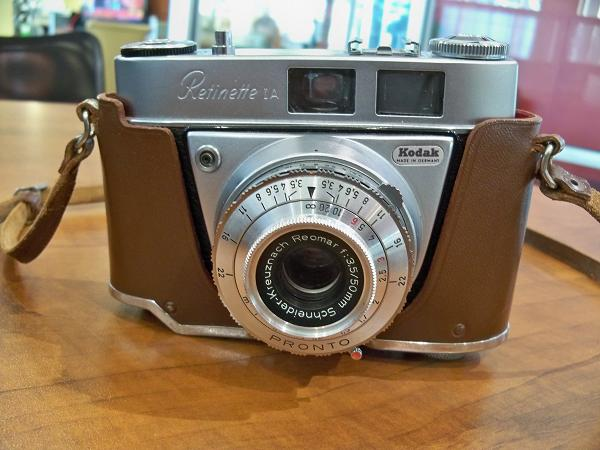1000  images about Cardboard Cameras on Pinterest | 35mm Camera ...