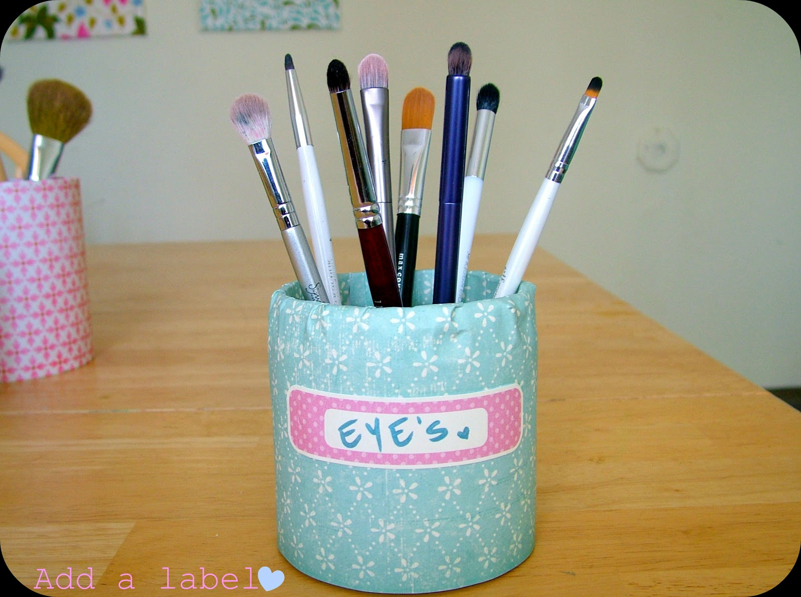 chelli glam vixen 1 dollar makeup brush holders. Black Bedroom Furniture Sets. Home Design Ideas