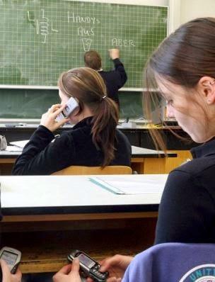 ¿Cuáles son los efectos positivos y negativos de los teléfonos celulares?
