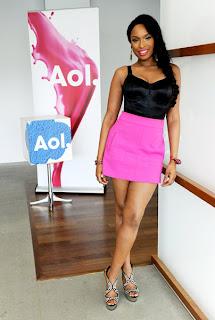 >Steal Style   La mini jupe rose Zara de Jennifer Hudson