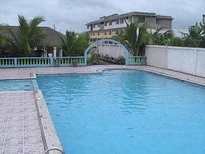 Buscar hotel en las Peñas Esmeraldas buenos precios