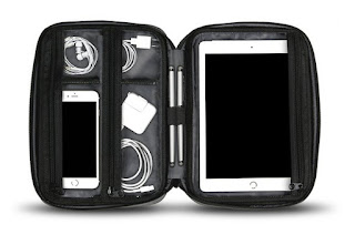 perfect tablet and smartphone travel bag and I saw this one on Oprah's Favorites list