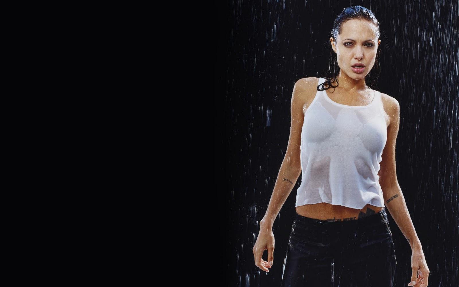 http://1.bp.blogspot.com/-GLAr9zCXSJg/TniNVmR7oRI/AAAAAAAACXw/ATmYUadqALQ/s1600/Angelina_Jolie+rain.jpg