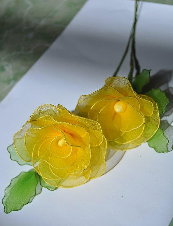 Cặp đôi hoàn hảo 2011 lam%2Bhoa%2Bhong%2Bvai%2Bvoan%2B11 Hướng dẫn làm hoa hồng bằng vải voan cực đẹp