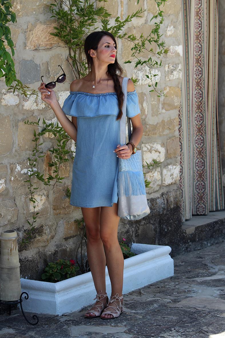 Vestido azul volantes zara