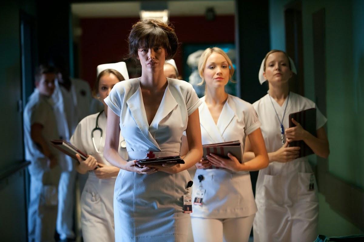 http://1.bp.blogspot.com/-GLb1zBAXxIo/UtLPbb7qpCI/AAAAAAAAFW0/sWu9z2EViBM/s1200/nurse2.jpg