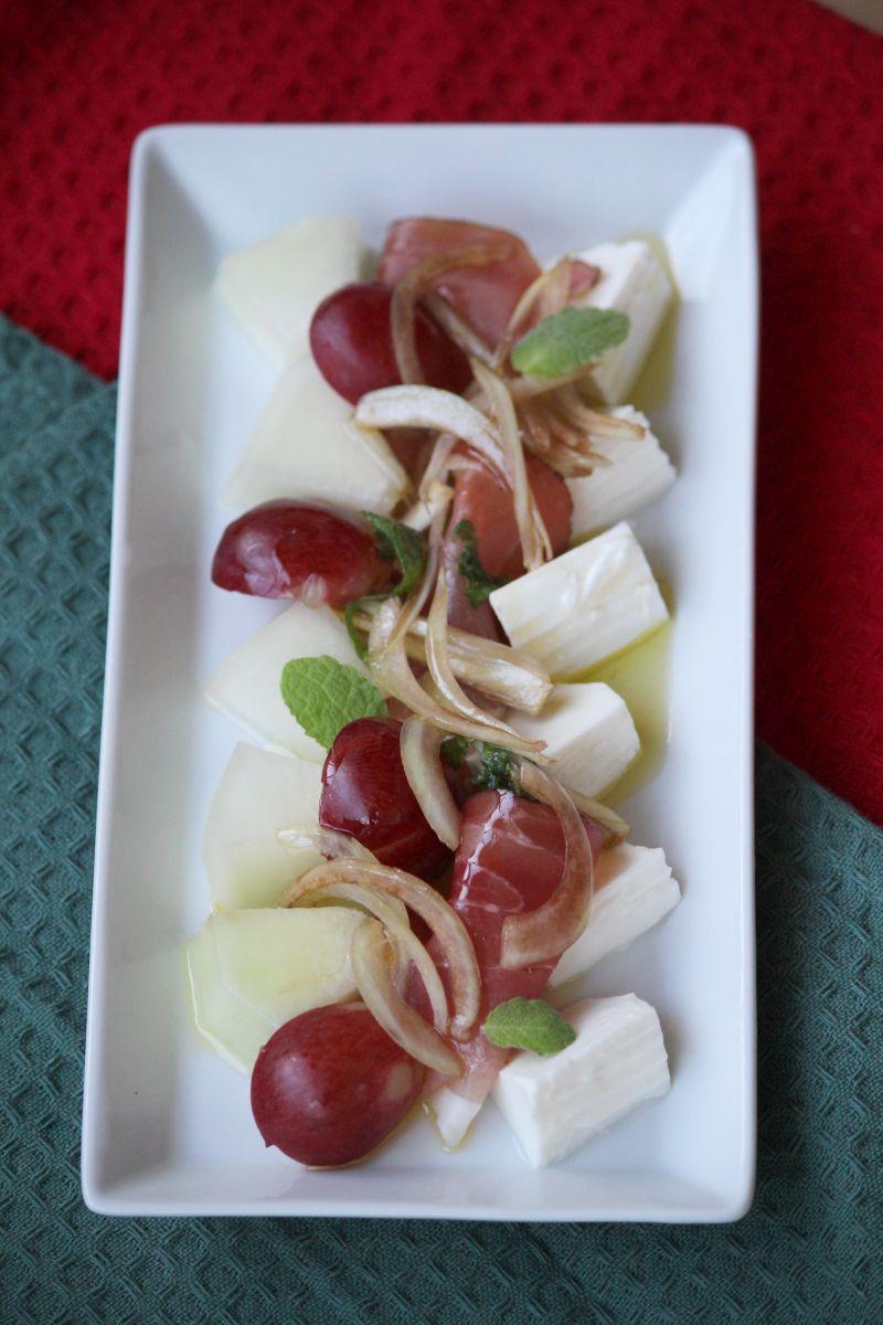 Sałatka z owocami, szynką i serem + warsztaty kuchni hiszpańskiej i portugalskiej