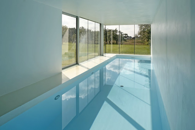 Photo of the pool in the safe house