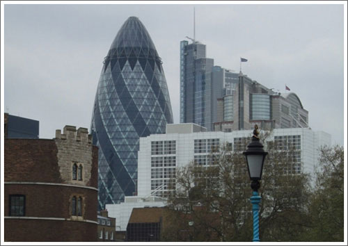 gherkin on the london bus tour