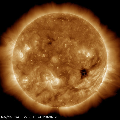 AGUJERO EN LA CORONA SOLAR 05 DE NOVIEMBRE 2012
