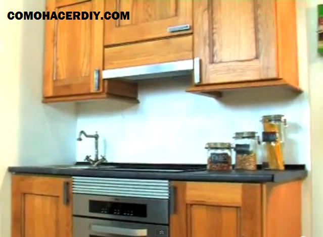 C mo montar una cocina instalaci n encimera postformado for Como hacer una cocina