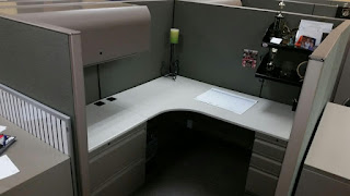 Used office cubicles, modular work stations by Knoll