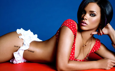 rihanna_sexy_girl_wallpapers_9695654645421625656