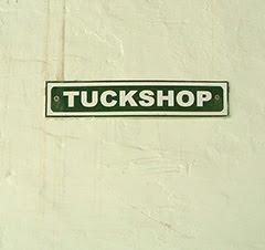 Liceo Vassalli Tuckshop Sign