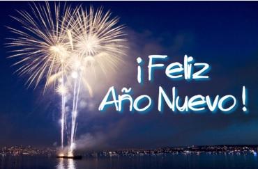Feliz Año Nuevo con fondo de luces de bengala