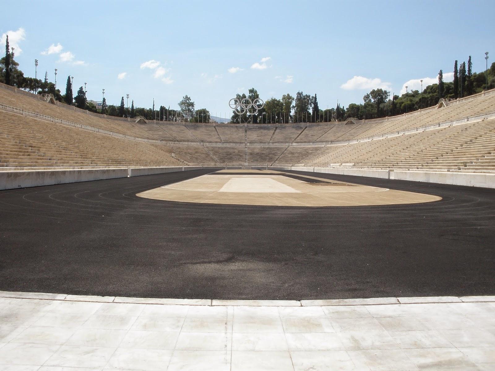Estadio Panathinaikó, Atenas, el cuál acogió la Primera Edición de los Juegos Olímpicos en 1896.