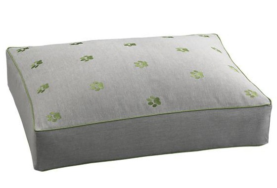 Barkzilla a savvy nyc dog blog crate barrel green paws for Crate and barrel dog bed