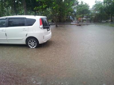 Gambar Melaka Banjir Kilat 6 June 2015