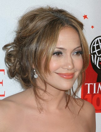 Jennifer Lopez Life on Jennifer Lopez Biography   Fashion And Style