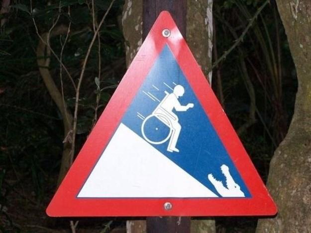 Very-Strange-Signs-014.jpg