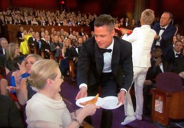 Famosos en fiesta de pizza en los premios Óscar Brad Pitt Meryl Streep