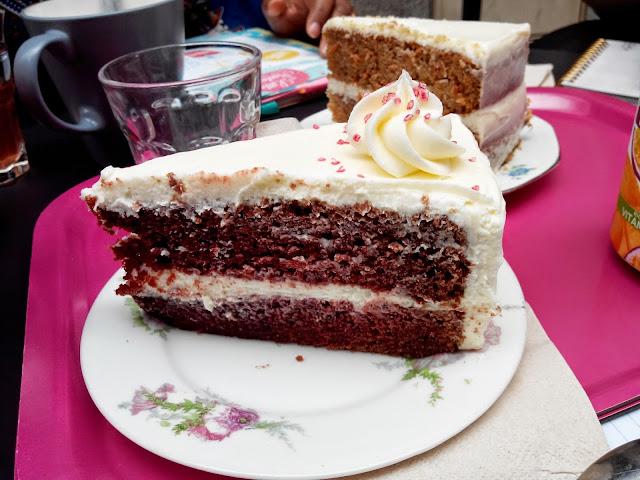 gâteau, red velvet, sophie bakery, nantes, salon de thé, bullelodie