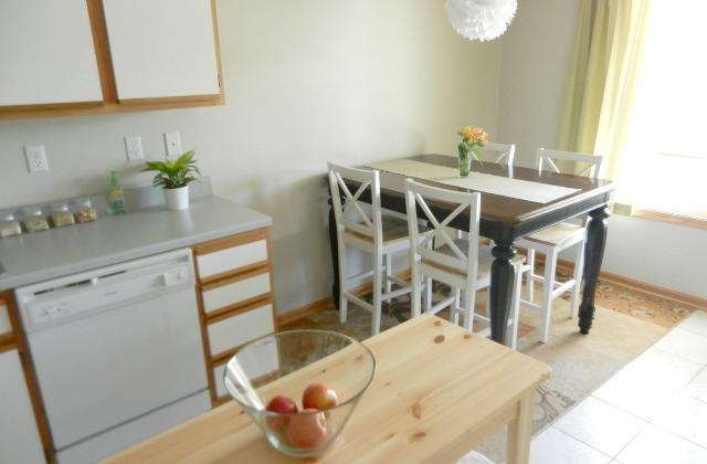 small rental kitchen and dining room