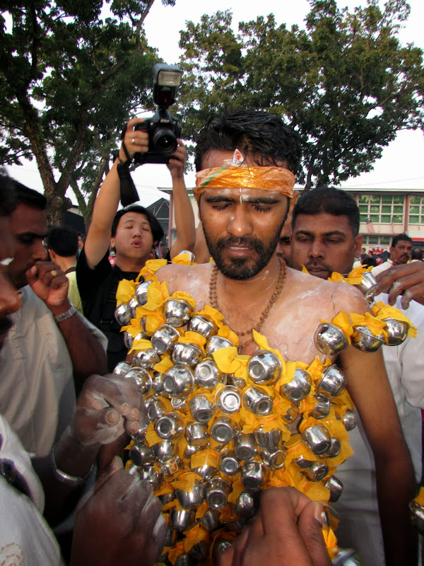 Penang Thaipusam Festival- Fish Hooks, Skewers and Pain in the name of  title=