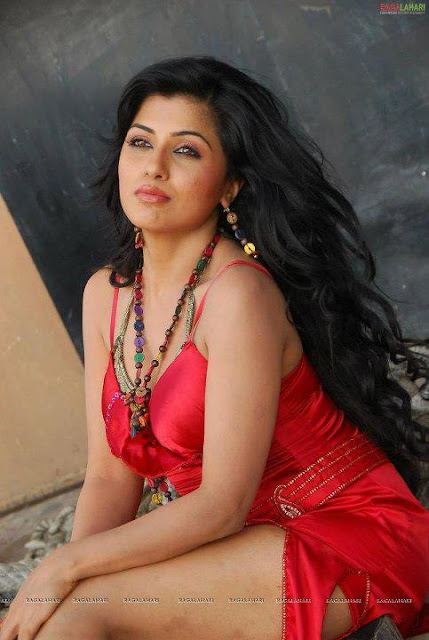 long hair south indian actress in modern dress