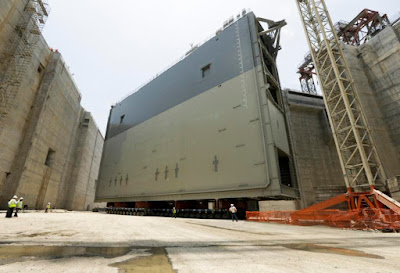 Panama Canal hits milestone - Final set of lock gates installed in April, 2015
