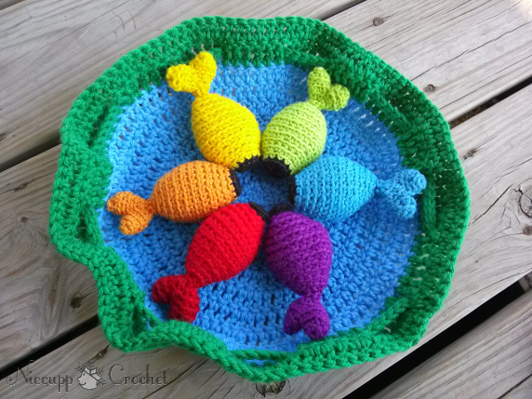 Crocheting Games : Niccupp Crochet: Rainbow Fishing Game - Free Pattern