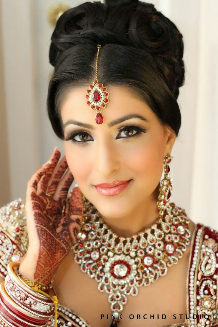 Bridal Makeup Hairstyle Images : new bridal hair and makeup ideas ~ Pak Fashion