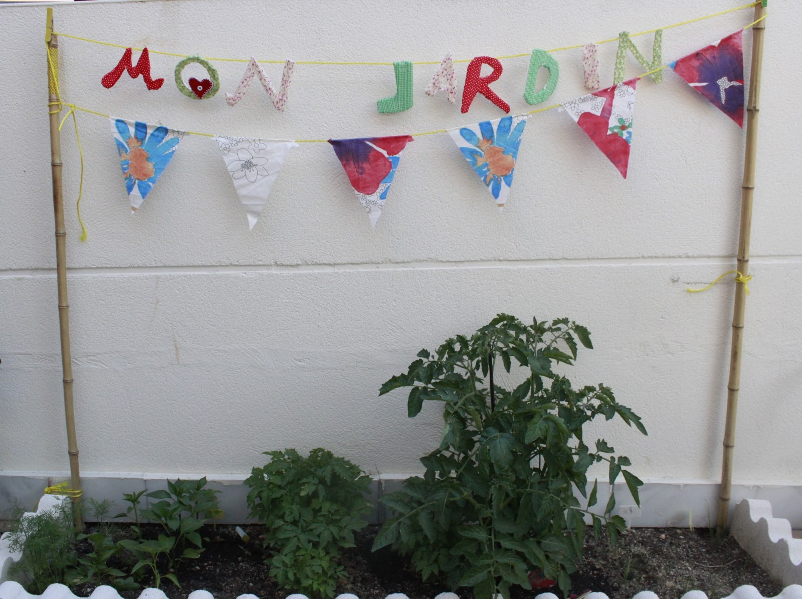 Manualidades en casa manualidades con ni os decoraci n for Decoracion jardin ninos