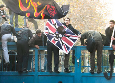 iranian-students-storm-uk-embassy-in-tehran-2011-11-29_l.jpg