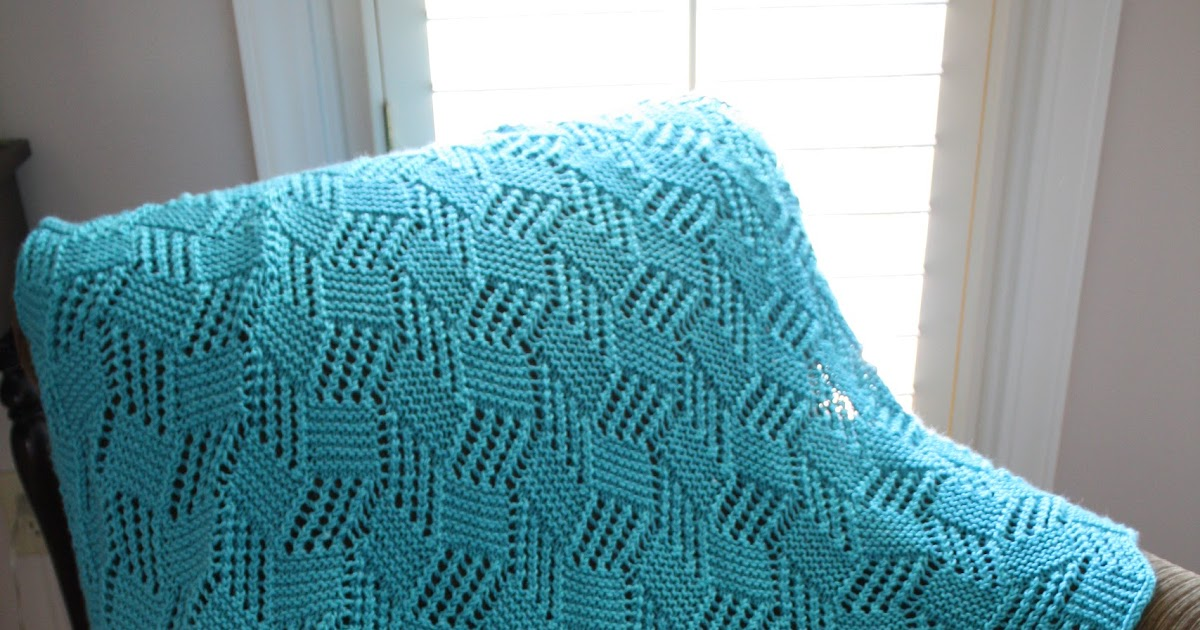 snapdragon crafts: big needle knit afghans: lace block baby blanket