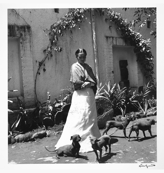 livre de photographie de Gisèle Freund , Frida Kahlo