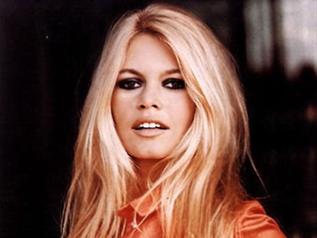 http://1.bp.blogspot.com/-GOiYypWJo_Q/TyCE2FlZpCI/AAAAAAAABLI/SOuPVE4ALgk/s1600/Brigitte-Bardot-beautiful-bb-18708460-1024-768.jpg