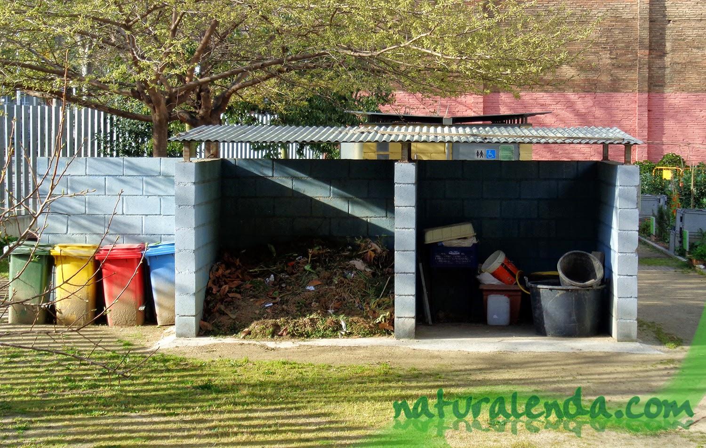 compostador y zona reciclaje