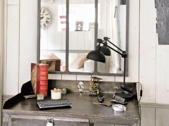 shabbypassion une maison industrielle. Black Bedroom Furniture Sets. Home Design Ideas