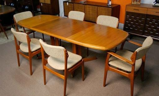 Meja makan kayu jati desain memanjang modern 6 kursi